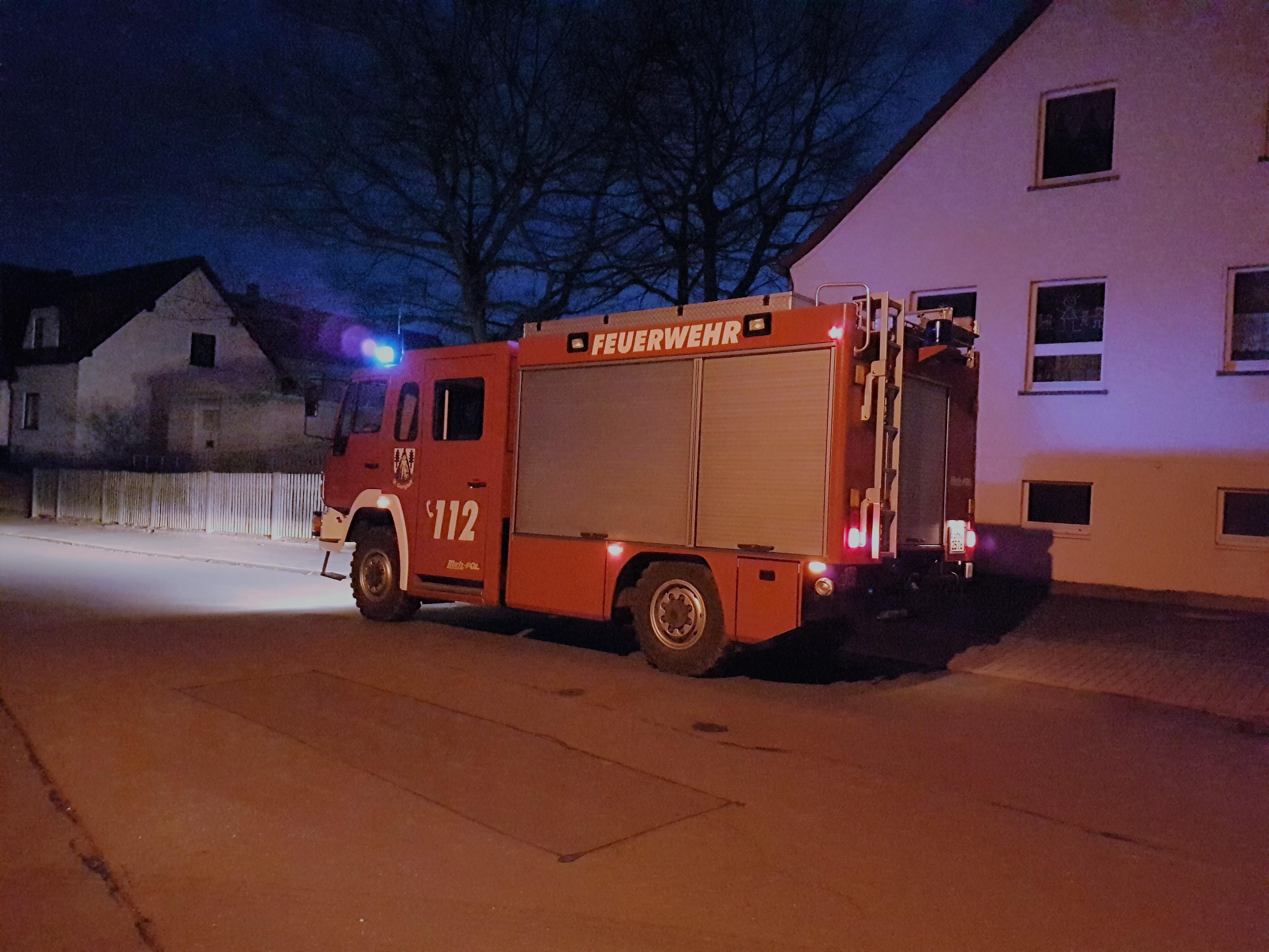 """Laternenumzug Kindertagesstätte """"Gangeldorfer Sonnenkinder"""" mit Unterstützung der Feuerwehr St. Gangloff"""