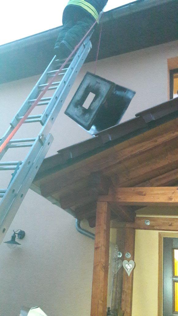 Schornsteinteile drohten von Haus zu fallen #7 Sturmtief Friederike